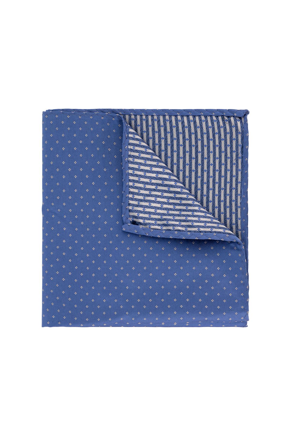 Pañuelo marca Robert´s color azul diseño.