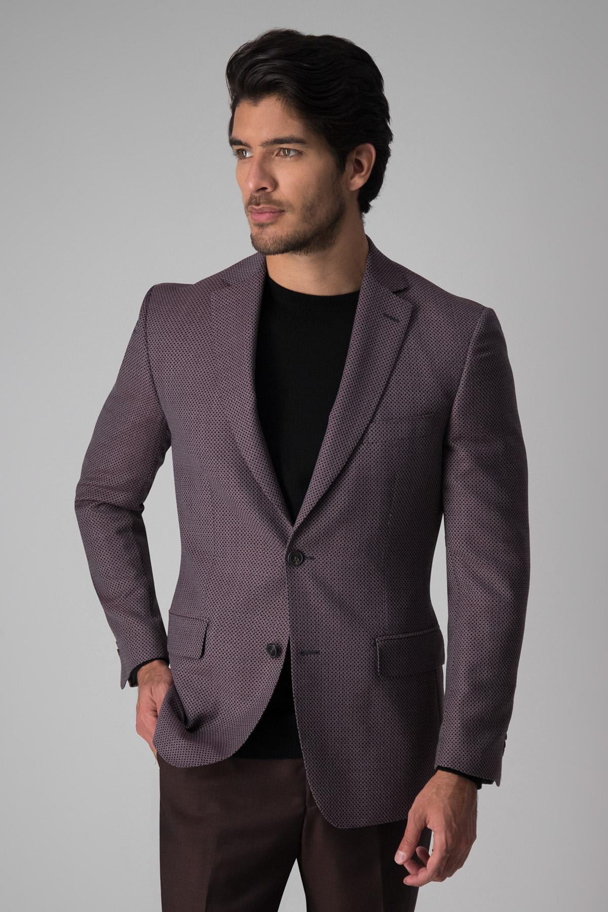 Saco Calderoni, 100%lana tela italiana, slim fit, fantasía color vino.