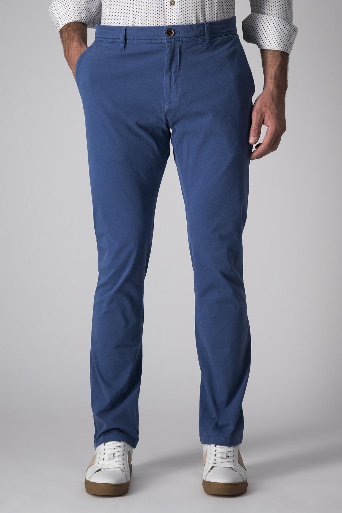 Pantalón Casual Robert´s, liso azulino, algodón y elastano.