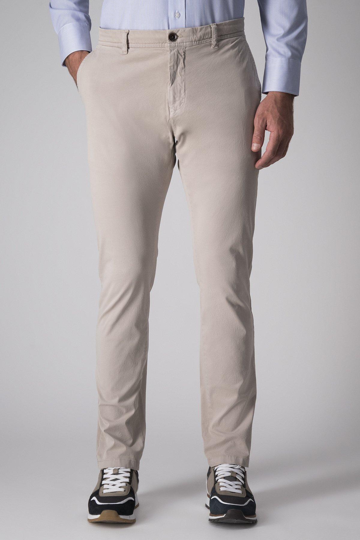 Pantalón Casual Robert´s, liso beige, algodón y elastano.