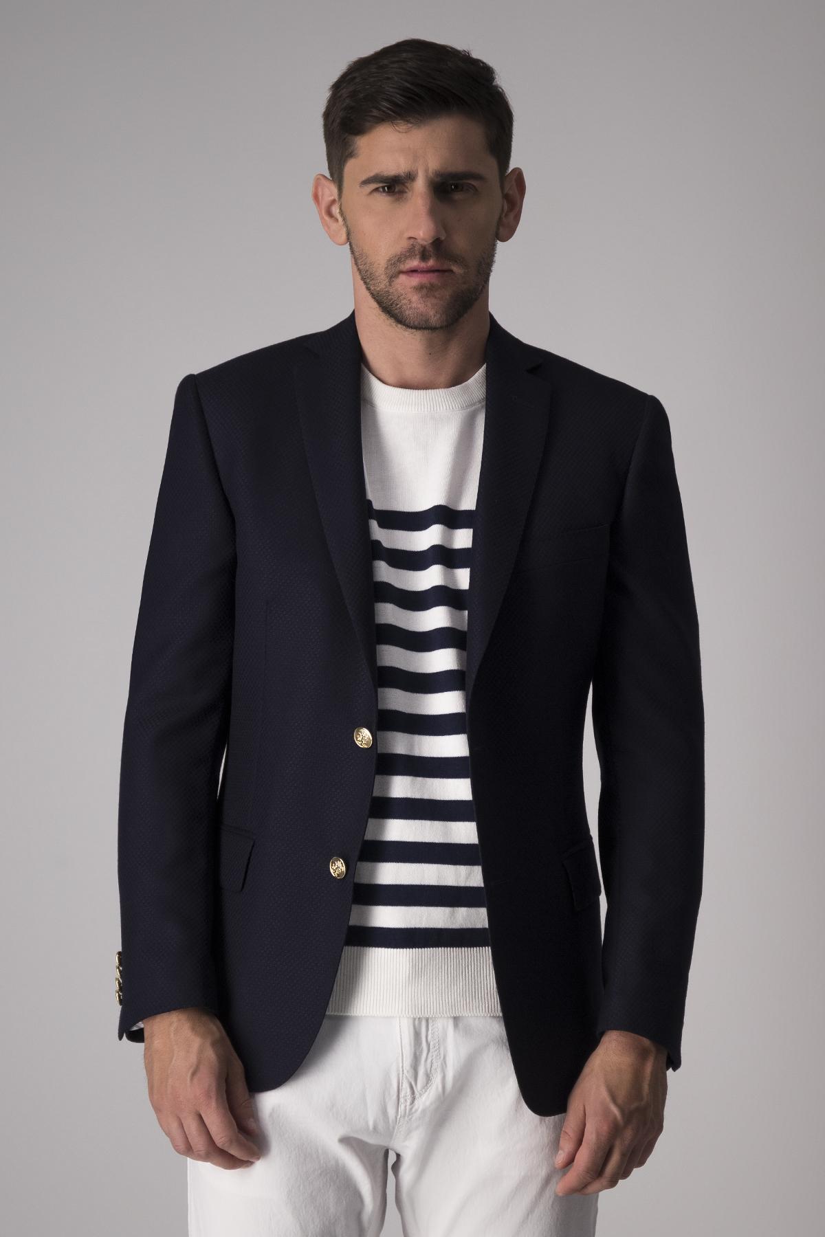 Blazer Robert´s  slim fit, 100% lana, color azul.