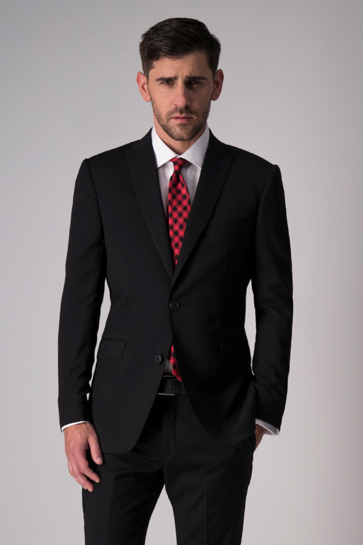 Traje Robert´s Red, slim fit, color negro, lana stretch