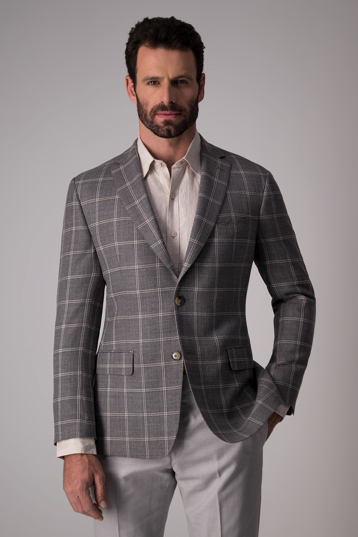 Saco Calderoni, tejido italiano lana y seda, cuadro gris, slim.