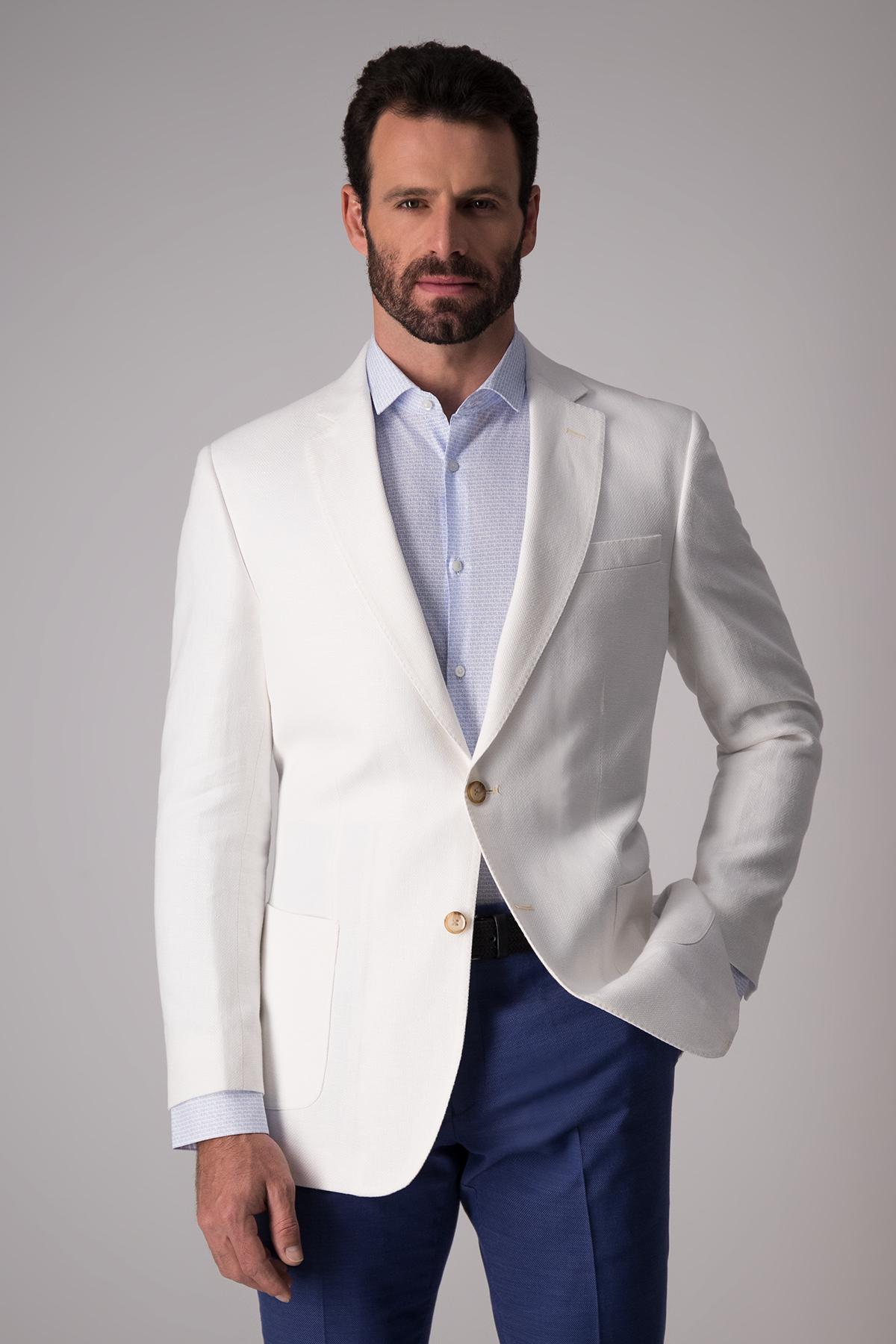 Saco Robert´s blanco,   Regular fit, algodón y lino.