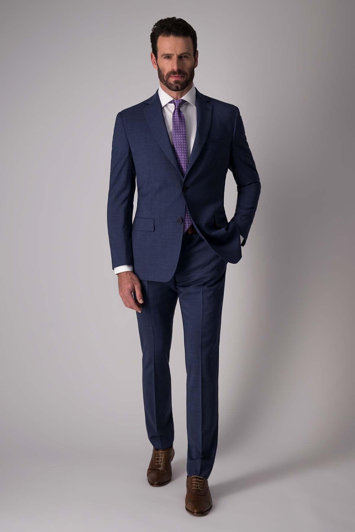 Traje Paolo azul oscuro en tejido liso