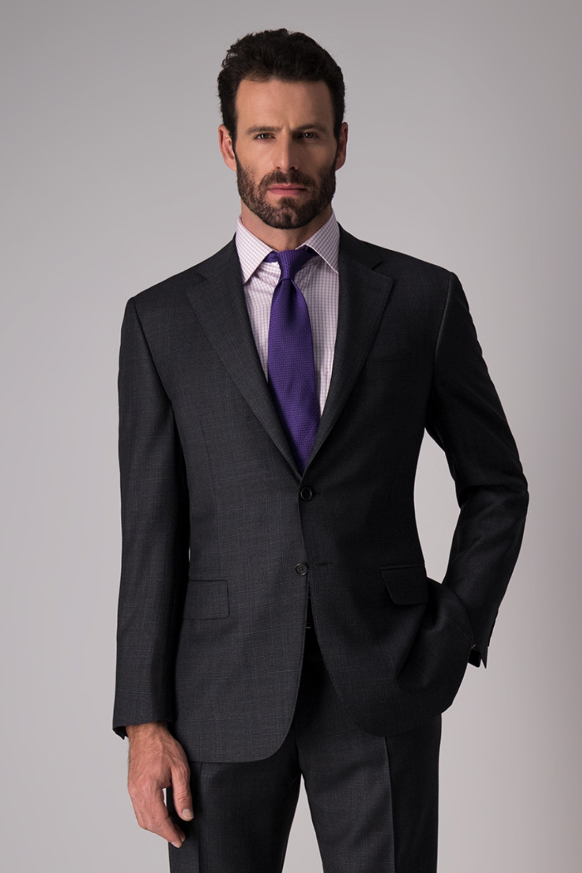 Traje marca Canali, Made in Italy, slim fit, color gris oxford